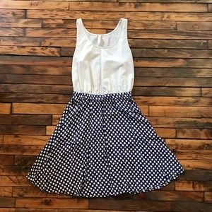 Vintage look polkadot dress
